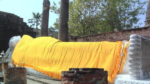 The laying Buddha in Wat Yai Chaya Mongkol, Ayuthaya Footage