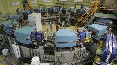 Collider electron positron 4 Archivo