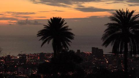 Sunset over Honolulu, Hawaii ライブ動画