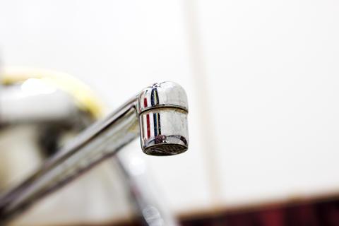 water tap steel フォト