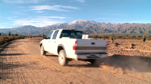 4x4 going to the Mountains, in Argentina Live Action