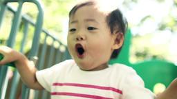 遊ぶ、公園、笑う、笑顔、動画素材、幼児、子供、遊具、1、2、3、4、歳、才、女の子、可愛い、スーパースロー、ハイスピード、走る、泣く、怒る、歩く、日本人、アジア ライブ動画