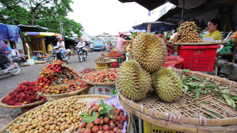 PHNOM PENH - JUNE 2012: local asian market general view Stock Video Footage
