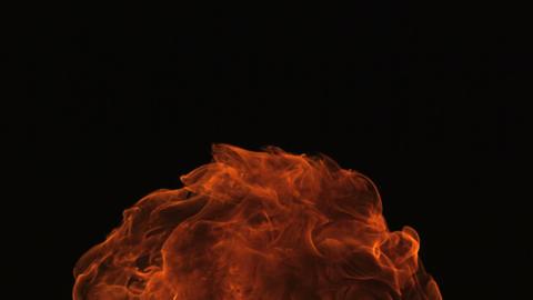 Slow motion growing fire ball ビデオ