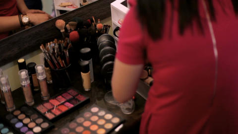 Make-up artist work in her studio Live Action