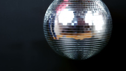 View of a turning disco ball ビデオ