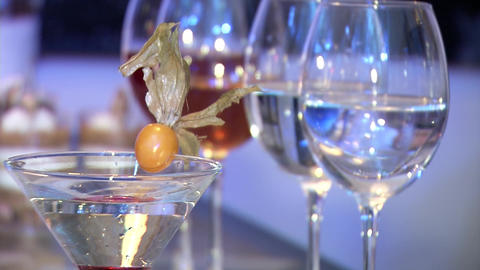 Wine glasses with liquid Archivo