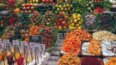 Store Dispaly Exotic Fruits and Vegetables Market 画像