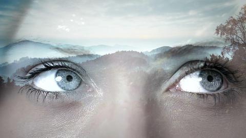 Animation of feminine eyes Animation