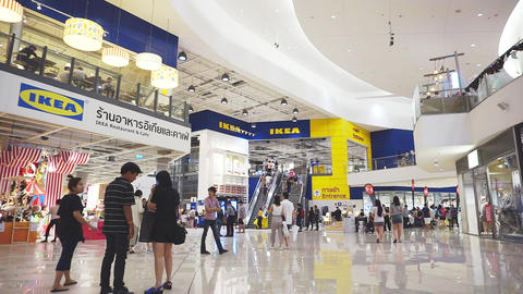 Unidentified peoples are walking front shop of IKEA Bangna brnach in Mega Bangna Filmmaterial