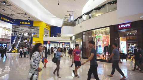 Unidentified peoples are walking front shop of IKEA Bangna brnach in Mega Bangna Footage