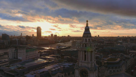 Beautiful aerial shot over London in the evening Live Action