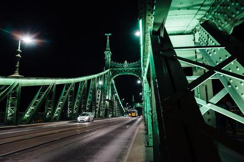 Old Iron Bridge across the Danube River in Budapest フォト