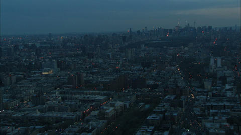 Zoom in nyc midtown manhattan aerial Live Action