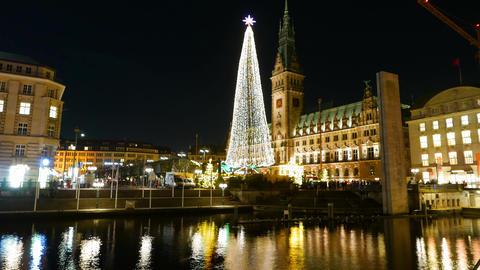 Christkindles Market Christmas market in Hamburg - time lapse shot Footage