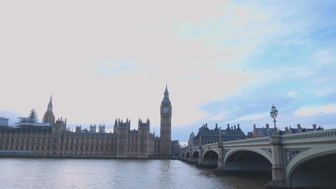 Westminster Bridge and Big Ben London Live Action