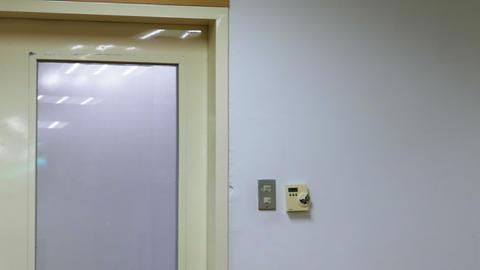 Operating room door tilt down 2 Live Action