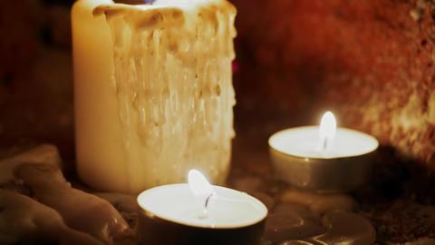 Candles burn in the dark Filmmaterial