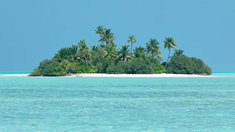 Exotic. Tropical Island Paradise of Mahaanaelhihuraa. Maldives Footage