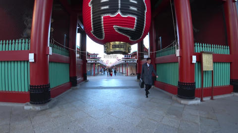 Kaminarimon to Shopping street of Sensoji temple, Tokyo Live Action