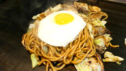 Close up of Japanese style fry noodle ビデオ