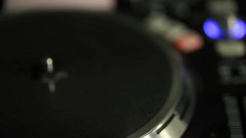 In and out of focus on a DJ turntable Stock Video Footage