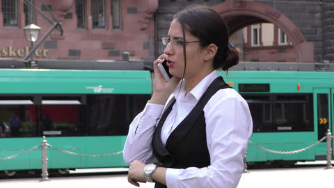 Business Woman with Cellphone Teamwork Dealing Agreement Talking Concept ビデオ