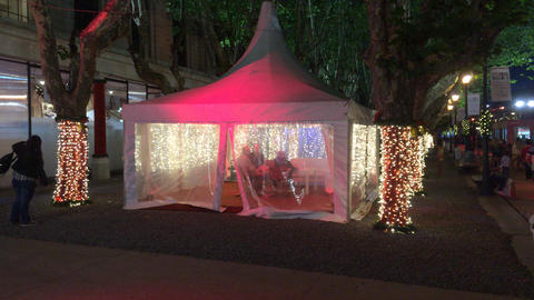 Buenos Aires Christmas Market lounge tent ビデオ