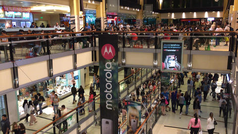 Christmas eve shopping on Buenos Aires mall Footage