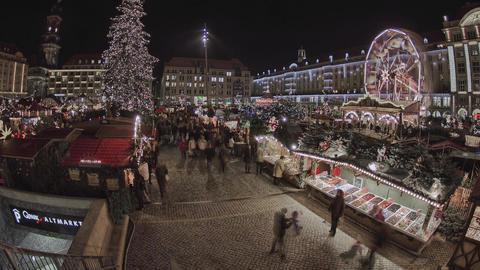 Striezelmarkt Dresden 0
