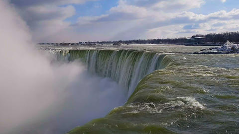Niagara Falls Waterfalls day view with splashing water Bild