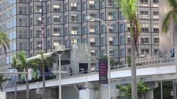 USA Florida Miami downtown Biscayne Boulevard Metromover Station ビデオ