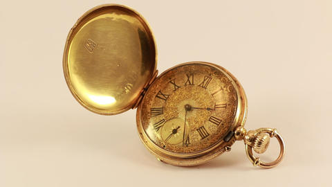 Vintage Pocket Watch 18K Gold Footage