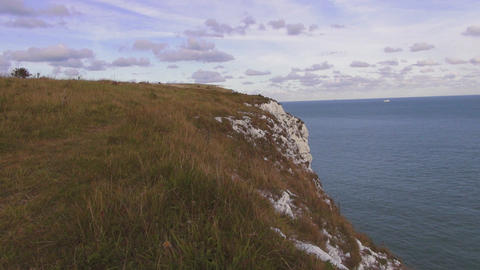 Wonderful nature at the UK coast - The white cliffs of Dover Live Action