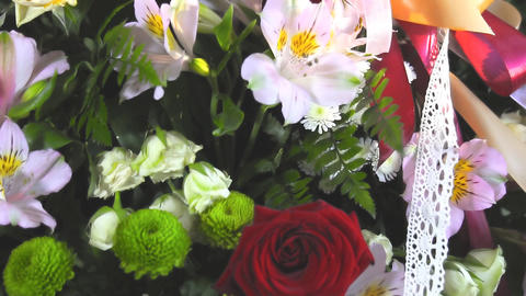 Bouquet with roses and other flowers Archivo