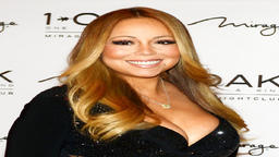 Mariah Carey flaunts incredible physique 2 months after weight loss surgery Image