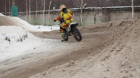 Winter motocross Live Action
