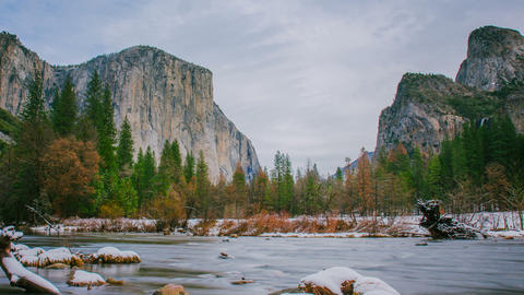 Time Lapse - Cloudy Day in Yosemite Valley - 4K Footage