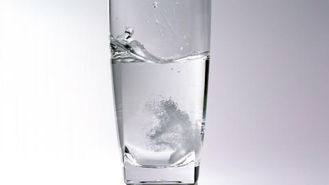 Water seltzer tablet 영상물