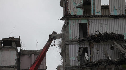 demolition machine Stock Video Footage