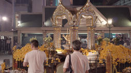 BANGKOK,THAILAND- CIRCA March 2017: People praying at buddhist shrine at Bangkok Footage