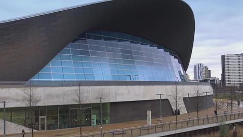 Queen Elizabeth Olympic Park - Aquatics centre Live Action
