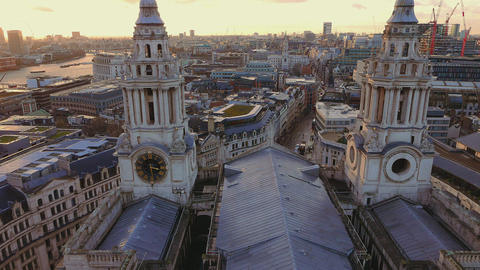 Impressive St- Paul's cathedral in the City of London Live Action