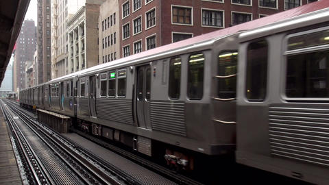 Chicago overground metro station - CHICAGO, ILLINOIS/USA Footage