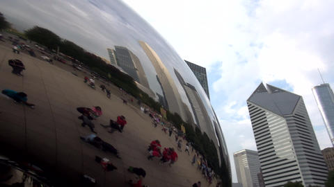Cloud Gate Chicago Millennium Park - CHICAGO, ILLINOIS/USA Footage