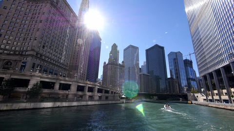 Chicago River Cruise Wide Angle shot - CHICAGO, ILLINOIS/USA Live Action