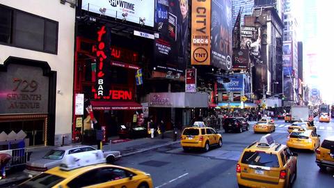 Times Square Manhattan – MANHATTAN, NEW YORK/USA NOVEMBER 20, 2013 Live Action