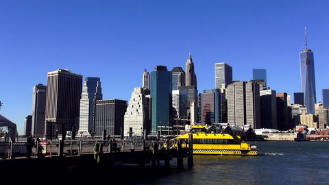 Manhattan Skyline on a sunny day – MANHATTAN, NEW YORK/USA NOVEMBER 20, 2013 Live Action