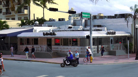 American Diner in Miami Beach 50ies style – MIAMI, FLORIDA/USA OCTOBER 23, 201 Live Action