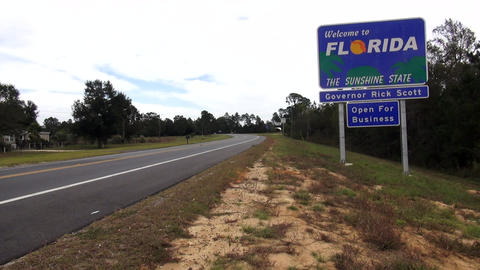 florida. State Border – FLORIDA / USA OCTOBER 16, 2013 Live Action